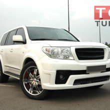 Решетка радиатора Jaos  на Toyota Land Cruiser 200