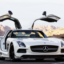 Mercedes-AMG GT Black Series атакует Нюрбургринг