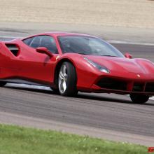 Ferrari V8 получил премию ''Двигатель года'' - 2-й год подряд