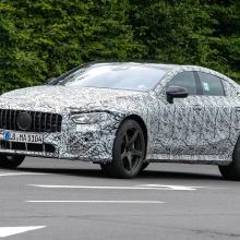 4-дверный Mercedes-AMG GT - последние шпионские снимки