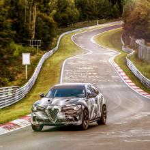 Alfa Romeo Stelvio QV установил рекорд среди внедорожников на Нюрбургринге