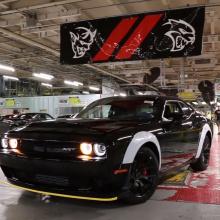 Последний Dodge Challenger SRT Demon покинул производственную линию