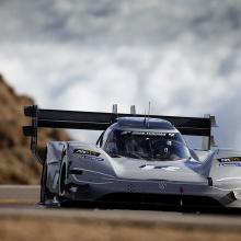 Volkswagen I.D. R побил рекорд Pikes Peak - 7 минут 57.148 секунды!