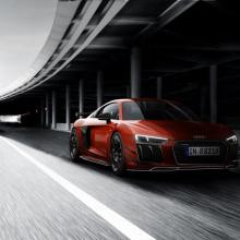Audi представляет 44 эксклюзивных издания 2018 Audi R8 V10 Plus