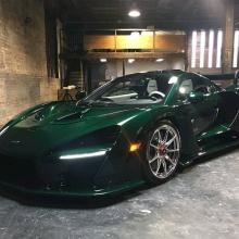 Первый McLaren Senna в США доставлен Майклу Фуксу и демонстрирует зеленый карбон