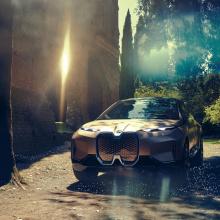 BMW официально представил Vision iNEXTBMW официально представил Vision iNEXT