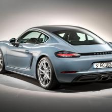 Porsche плотно занялся электрификацией своих автомобилей