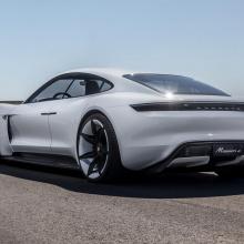Porsche Taycan будет стоить меньше, чем Panamera