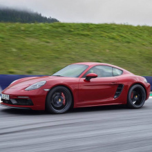 Легкий Porsche Cayman T будет построен
