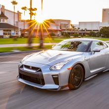 Nissan раскрывает подробности о новых моделях 2019 GT-R