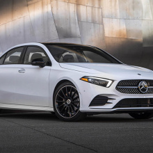 Mercedes объявил подробности и цены на новый модельный ряд 2019 A-Class