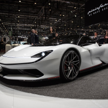 Электро-гиперкар Pininfarina Battista Electric