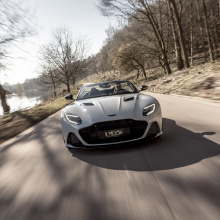 Aston Martin DBS Superleggera с открытым верхом? Да, пожалуйста!