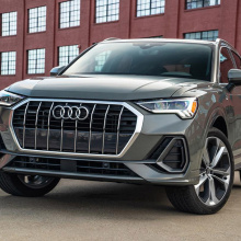 Внедорожники Audi e-tron и Q3 получают престижное признание!