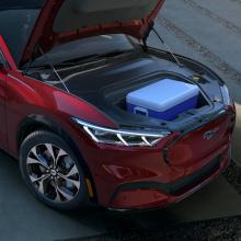 2020 Ford Mustang Mach-E - полностью электрический внедорожник-купе