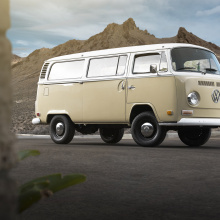 Volkswagen представляет электрифицированную версию Type 2 Bus!