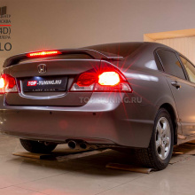 Установка спойлера Modulo на Honda Civic 8 4D