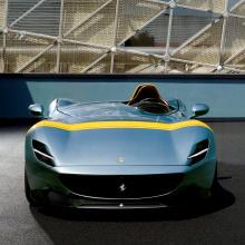 Вот как следует управлять Ferrari Monza SP1!