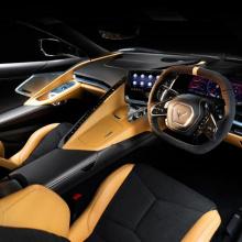 Интерьер праворульного Chevy Corvette
