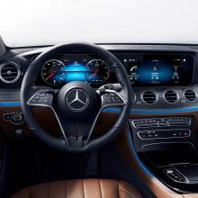 Mercedes показал новое рулевое колесо