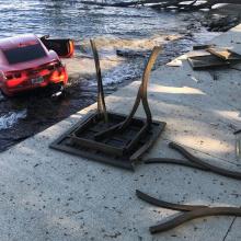 Пьяный игрок НФЛ загнал Chevy Camaro в озеро