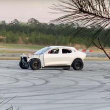 Что это за таинственный Ford Mustang Mach-E?