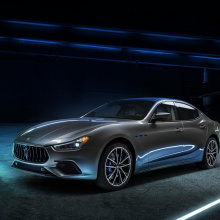 2021 Maserati Ghibli Hybrid первая электрифицированная модель бренда