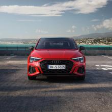 Представлен 2021 Audi S3 - хэтчбек и седан мощностью 310 л.с.