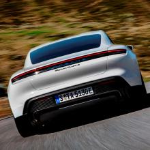 Porsche нуждается в помощи Audi при строительстве Taycan