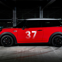 Mini Cooper Paddy Hopkirk Edition готов к гонкам