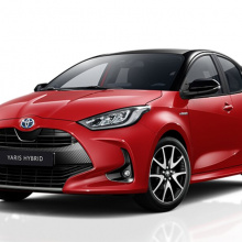 Новая Toyota Yaris устанавливает стандарт безопасности небольших семейных автомобилей