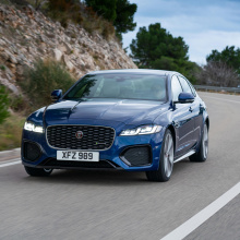 Модельный ряд Jaguar 2021 года получил обновления