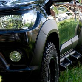 Расширители колесных арок Bastion Lite +25 мм для Toyota Hilux 8