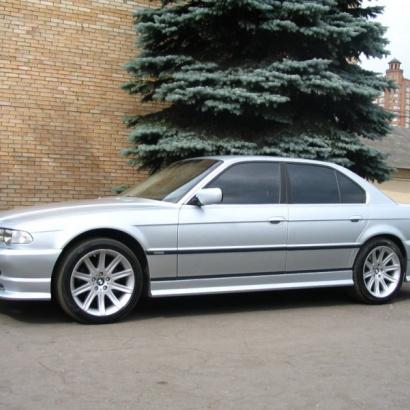 Пороги - Обвес на BMW 7 E38