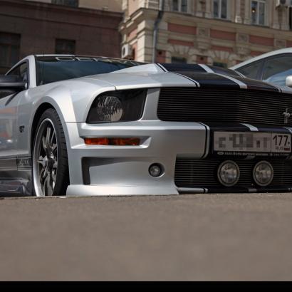 Передний бампер - Обвес на Ford Mustang 5