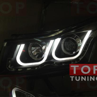 Передняя тюнинг-оптика с диодной полосой и дневными ходовыми огнями на Chevrolet Cruze 2