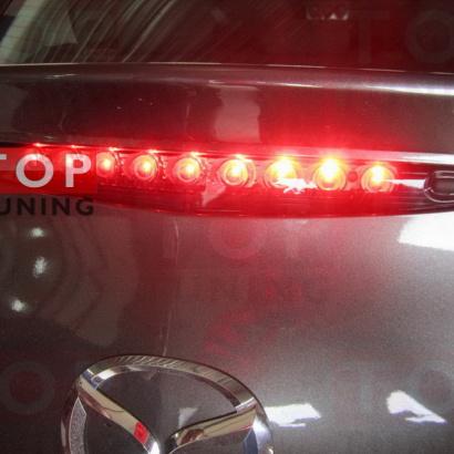 Дополнительный светодиодный стоп-сигнал на Mazda 3 BL