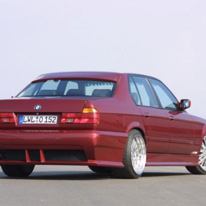 Козырек на заднее стекло на BMW 7 E32