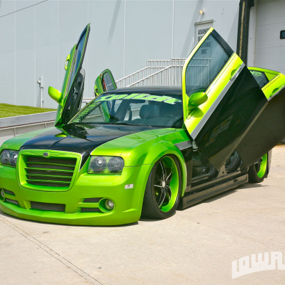 Ламбо двери на Chrysler 300 C