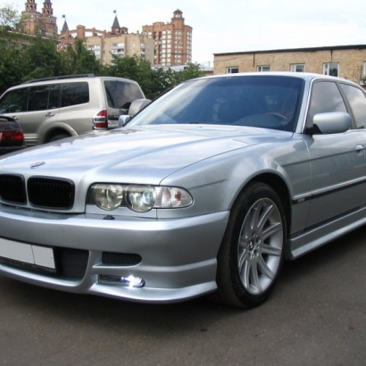 Обвес на BMW 7 E38