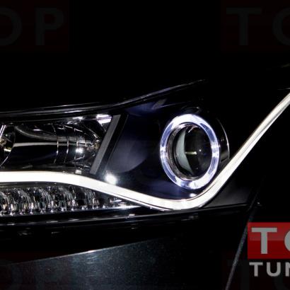 Передняя тюнинг-оптика с неоновой полосой V2 на Chevrolet Cruze 2