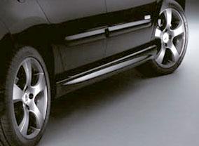 Накладки на пороги - обвес на Peugeot 308 I