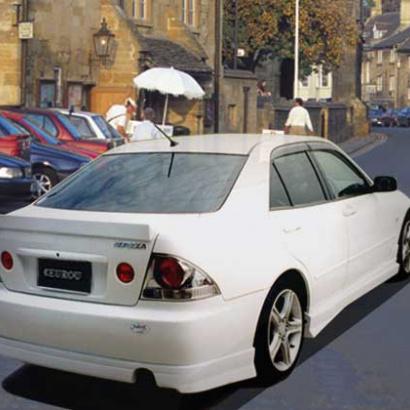 Пороги - Обвес Euro U на Toyota Altezza is200