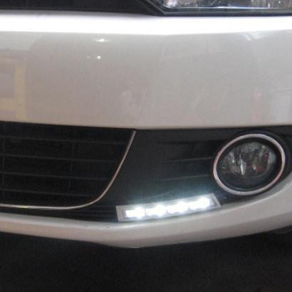 Дневные ходовые огни на VW Golf 6