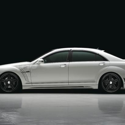Пороги - обвес на Mercedes S-Class W221