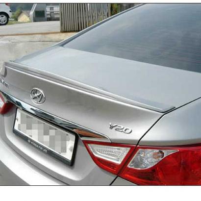 Спойлер крышки багажника на Hyundai Sonata 6 (YF)