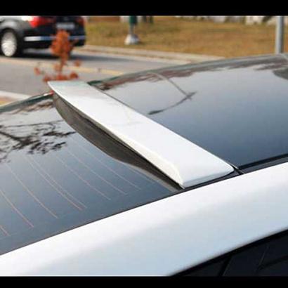 Спойлер заднего стекла на Hyundai Elantra 5 (Avante MD)