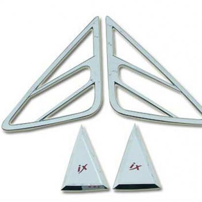 Молдинг задних стоек на Hyundai ix35
