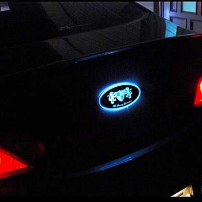 Эмблемы со светодиодной подсветкой на Hyundai ix35
