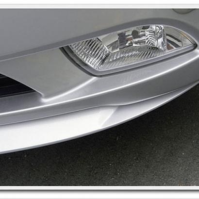 Накладка переднего бампера окрашенная на Hyundai Sonata 5 (NF)
